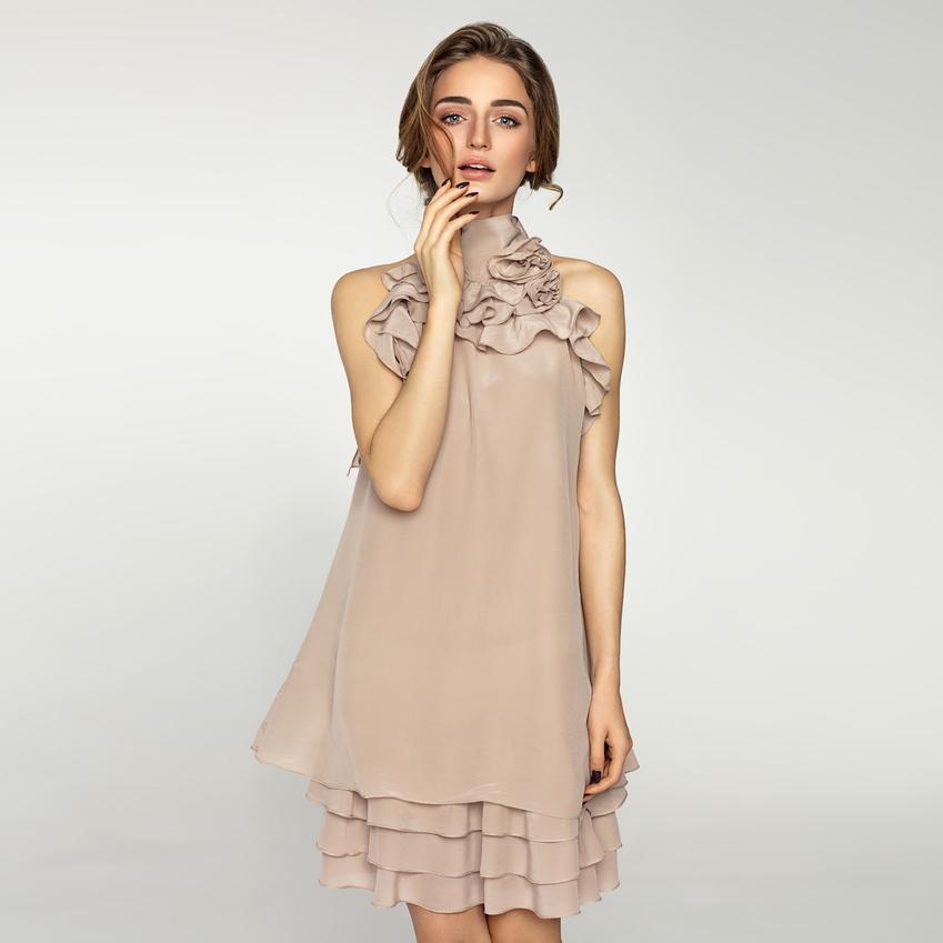 Klamko Kleid mit verspielten Rüschen